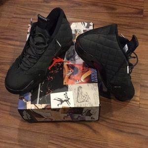 Size 11 Jordan 14 wing it